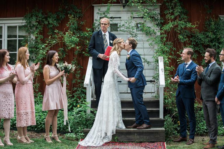 Lantligt Bröllop, Bröllopsfotograf Stockholm, Langangensgard, Hogbergagard, brollop, brollopsfoto,brollopsfotograf Stockholm, Langangensgard, Hogbergagard