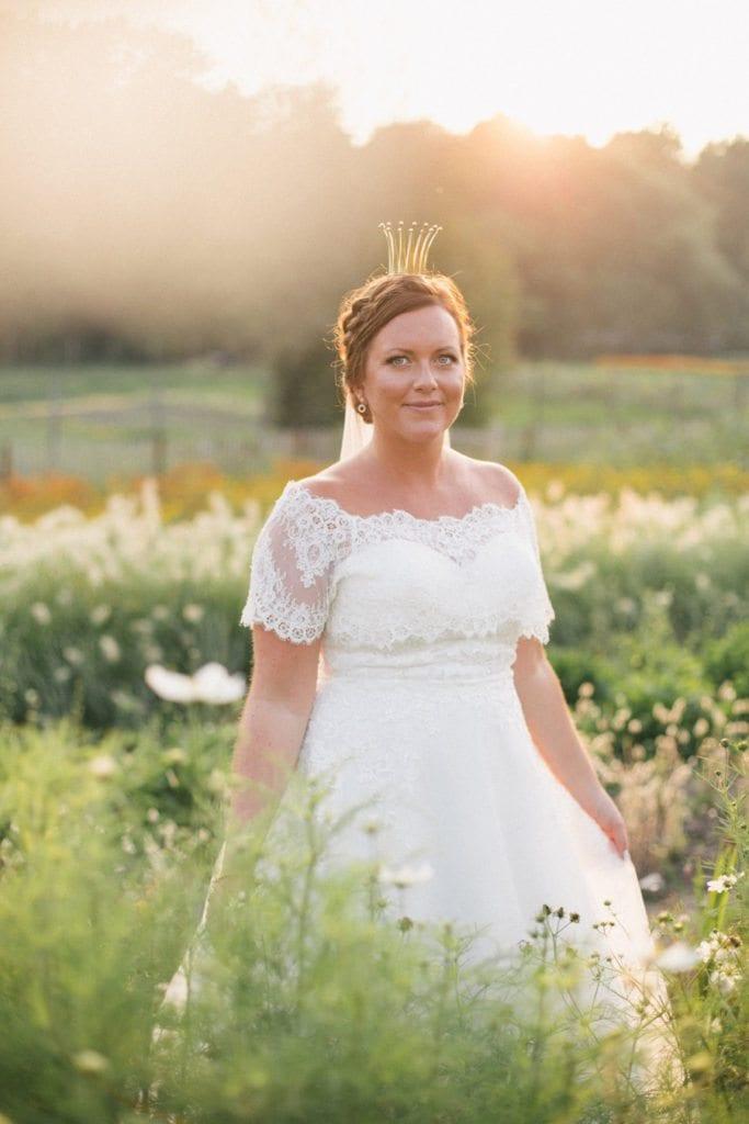Bröllop på Rosendals Trädgård, Brudklänning, Brud