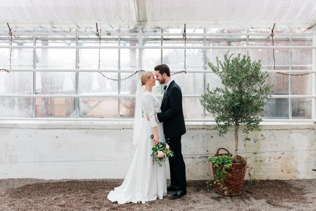 Rosendals trädgård, Vinterbrud, Bröllopsklänning