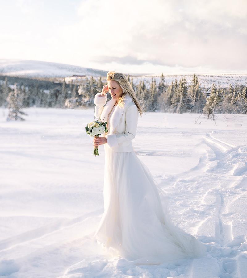 Garamaj brudklänning